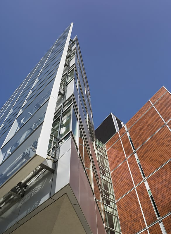 The BSRB encompasses an entire city block and all work—including steel erection—had to be completed within the building's footprint.