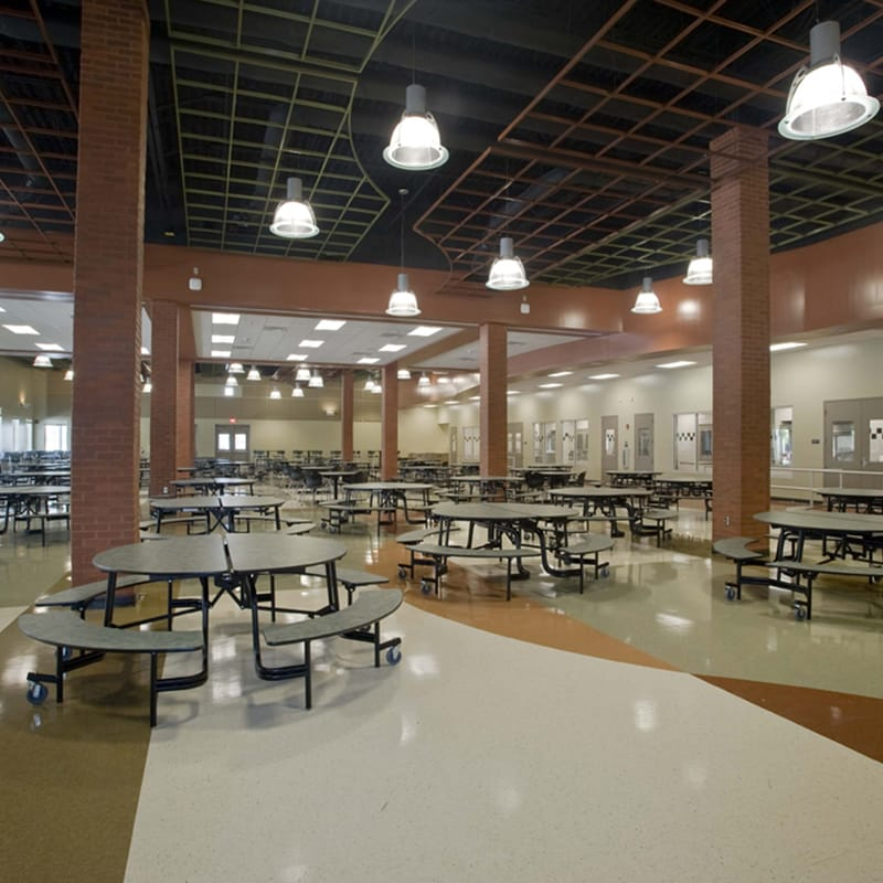 Interior of large open style cafeteria.