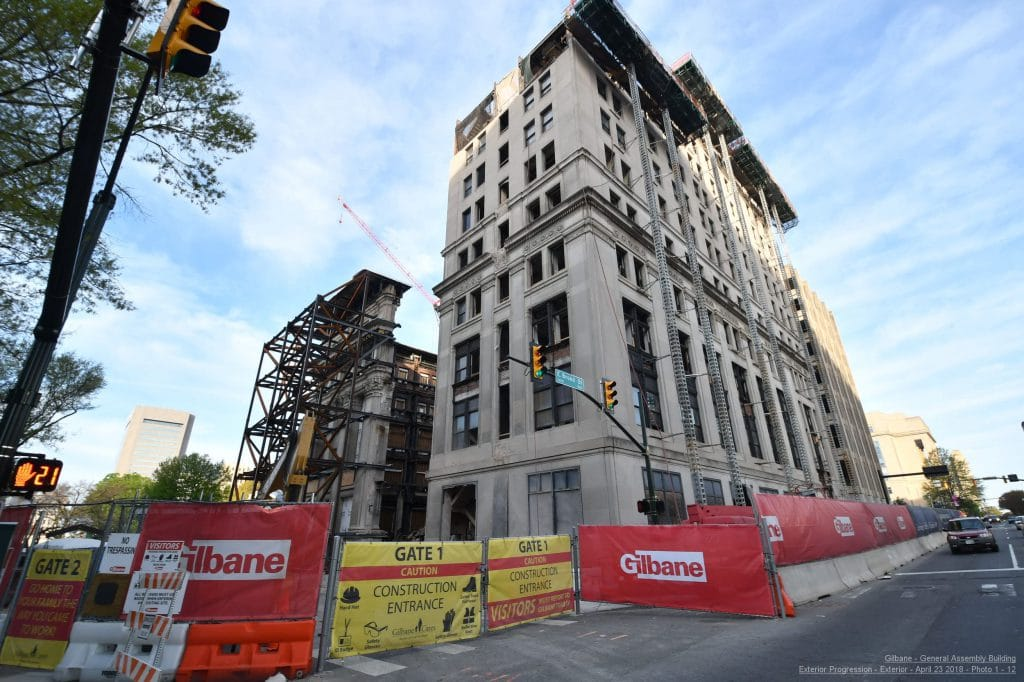 Scaffolding goes up on 1912 façade to prepare for demolition