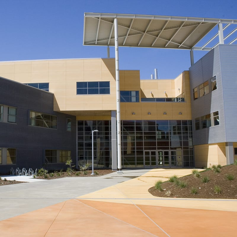 The new engineering building for the school contains dry laboratories, classrooms, office and administrative space.