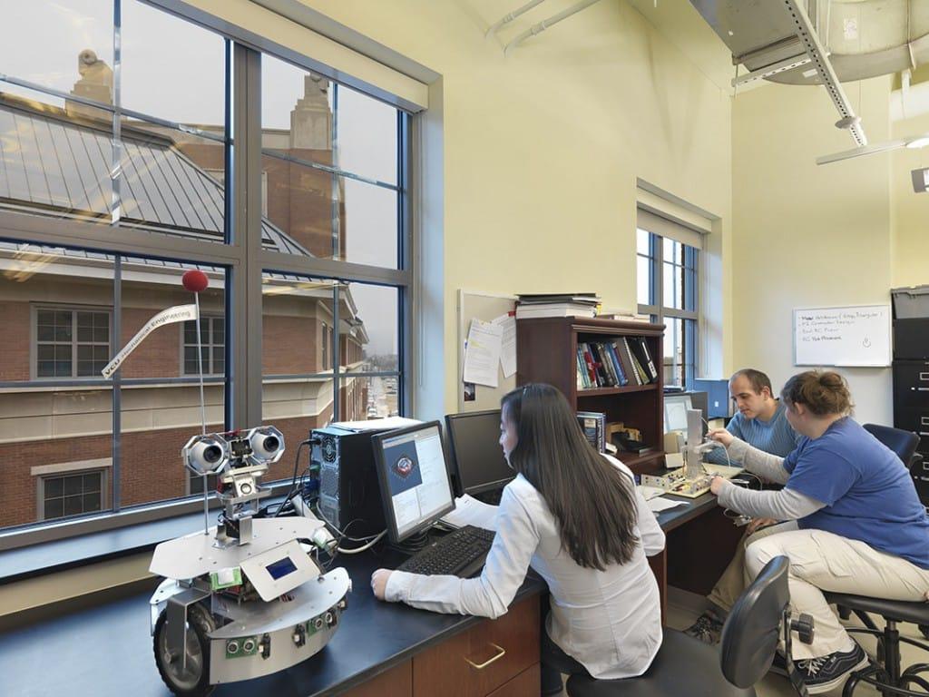 Virginia Commonwealth University Snead Hall, School of Business and East Hall, School of Engineering Classroom