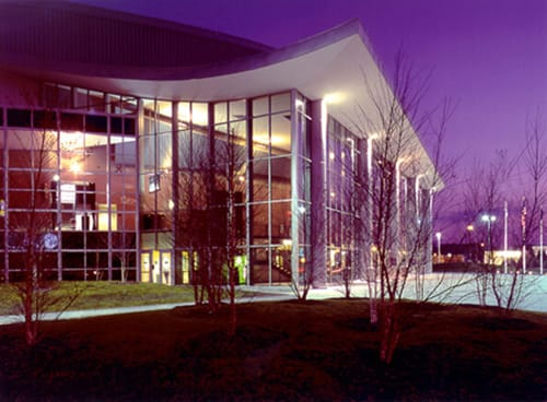 Encompassing a prominent downtown block in Manchester, this state-of-the-art arena provides a venue for multiple users and is home to the American Hockey League's Manchester Monarchs team.